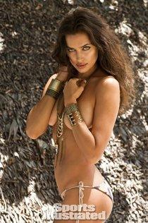 Ирина Шейк снялась в бикини-фотосессии для «Sports Illustrated»: irina-shayk-19_Starbeat.ru