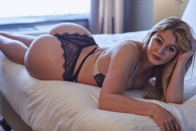 Искра Лоуренс выкаблучивается в отеле «Hotel Ma Cherie»: iska-lawrence-13_Starbeat.ru