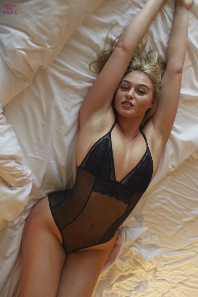 Искра Лоуренс выкаблучивается в отеле «Hotel Ma Cherie»: iska-lawrence-24_Starbeat.ru