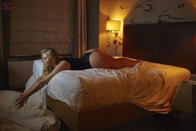 Искра Лоуренс выкаблучивается в отеле «Hotel Ma Cherie»: iska-lawrence-53_Starbeat.ru