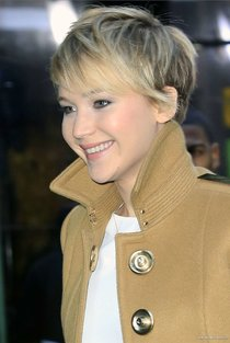 Дженнифер Лоуренс на передаче «Good Morning America»: jennifer-lawrence-on-good-morning-america--16_Starbeat.ru