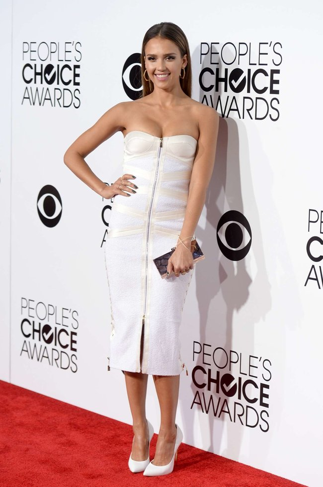 Джессика Альба на мероприятии «People's Choice Awards 2014»: jessica-alba-2014-peoples-choice-awards--13_Starbeat.ru