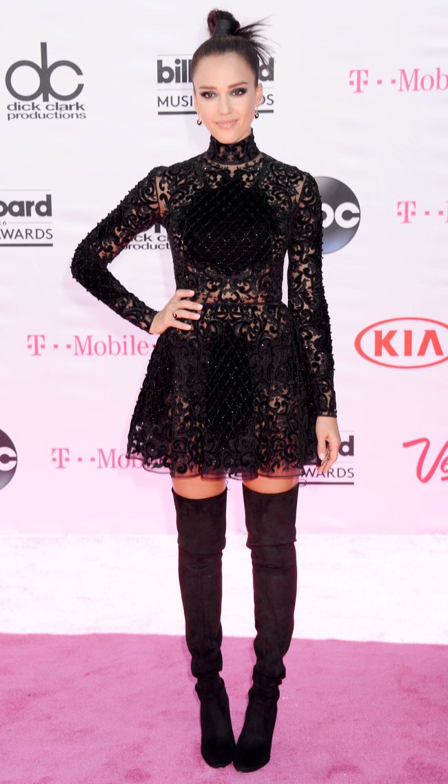 Джессика Альба на церемонии Billboard Music Awards 2016 в Лас-Вегасе: jessica-alba-2-1_Starbeat.ru