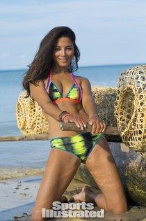 Джессика Гомес на страницах журнала «Sports Illustrated Swimsuit 2014»: jessica-gomes-si-2014-sports-illustrated-2014-swimsuit-issue--01_Starbeat.ru