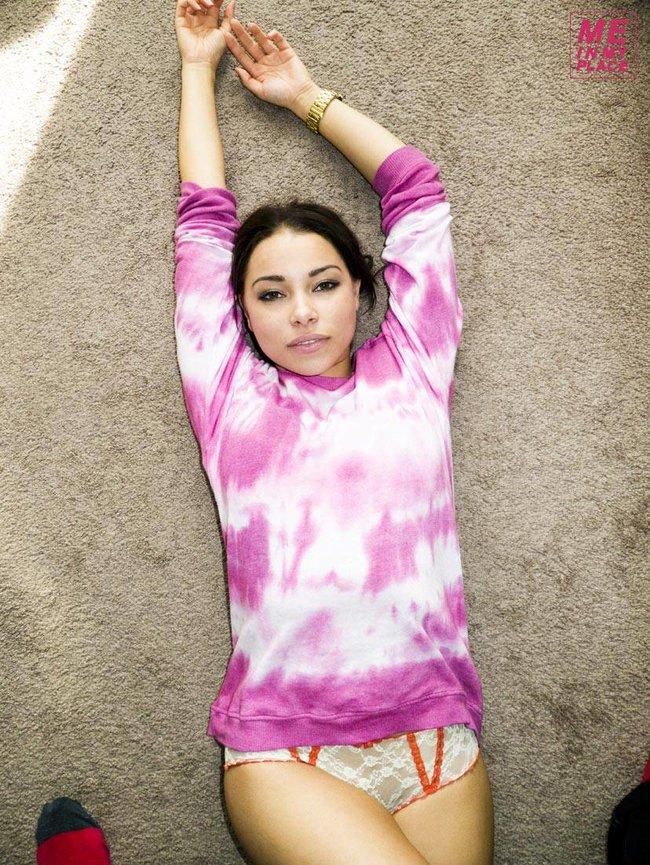 Джессика Паркер Кеннеди в фото-проекте «Me In My Place»: jessica_parker_kennedy-135_Starbeat.ru