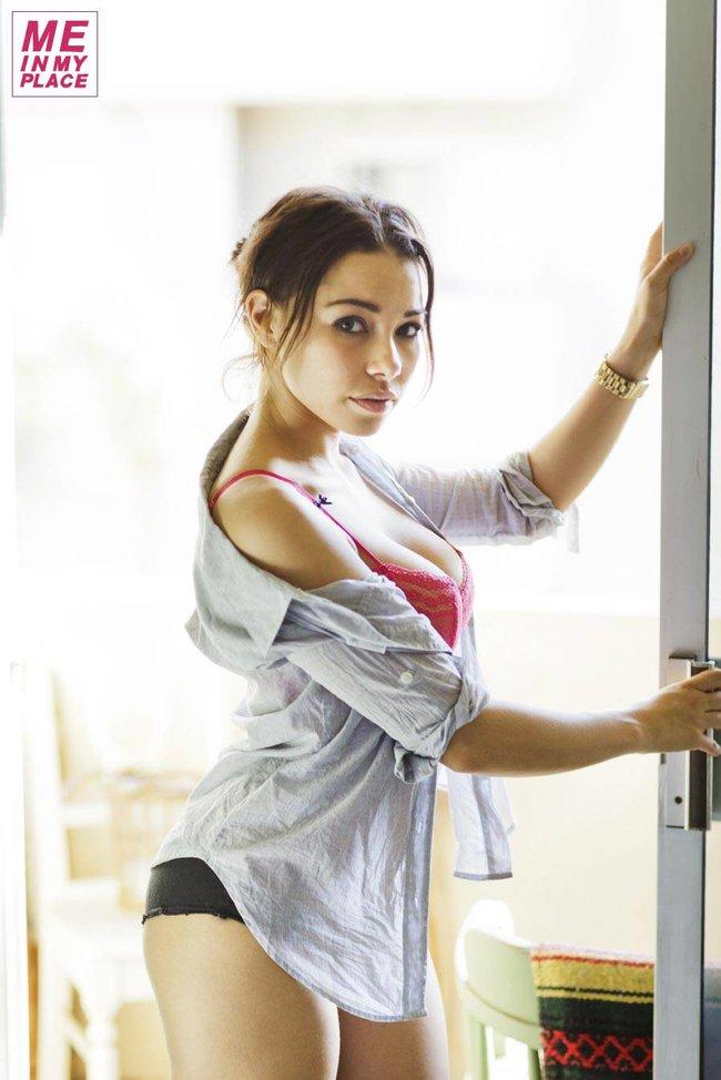 Джессика Паркер Кеннеди в фото-проекте «Me In My Place»: jessica_parker_kennedy-172_Starbeat.ru