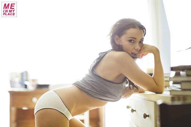 Джессика Паркер Кеннеди в фото-проекте «Me In My Place»: jessica_parker_kennedy-41_Starbeat.ru
