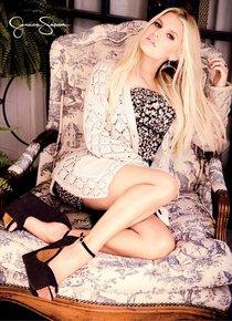 Джессика Симсон запустила именную линию купальников «Jessica Simpson»: jessica-simpson-swimsuit-photoshoot-2014--01_Starbeat.ru