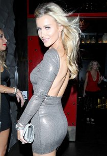 Белокурая Джоанна Крупа в Западном Голливуде: joanna-krupa-28_Starbeat.ru