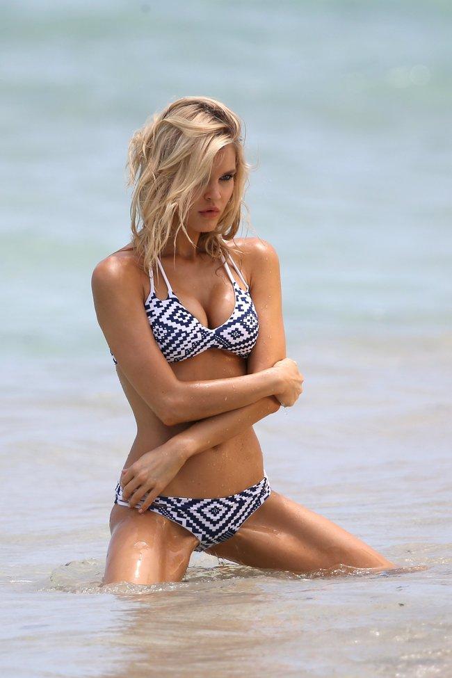 Подглядываем за Джой Корриган на фотосессии в Майами: joy-corrigan-21_Starbeat.ru