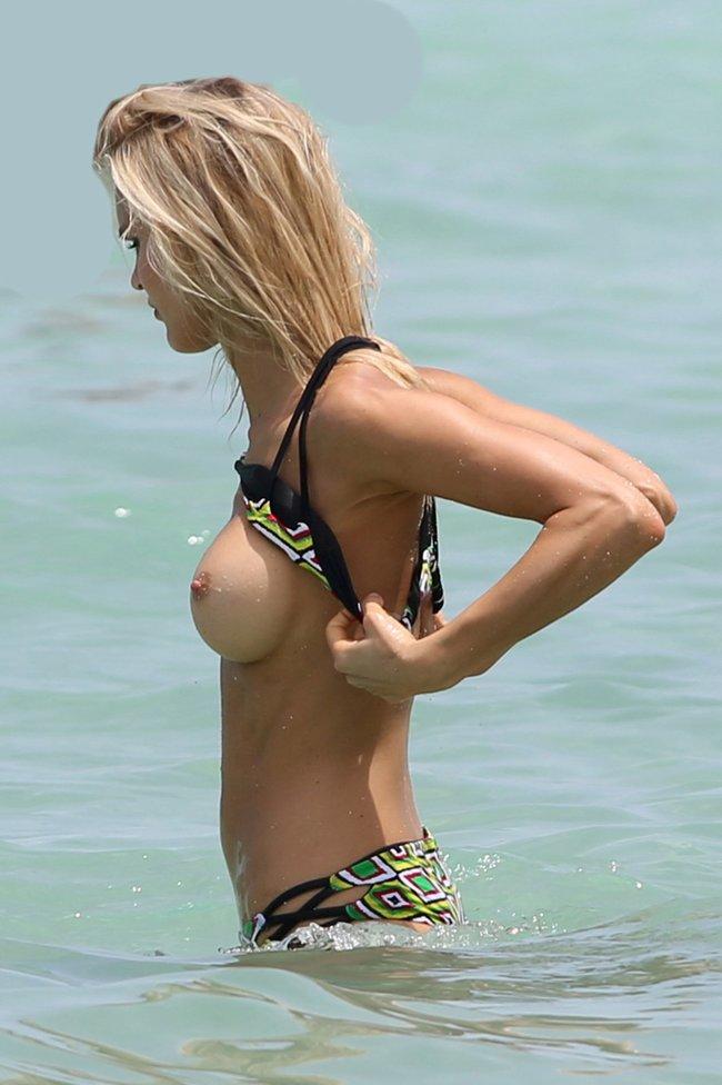 Подглядываем за Джой Корриган на фотосессии в Майами: joy-corrigan-30_Starbeat.ru