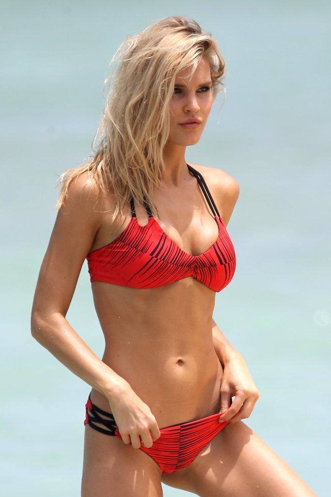 Подглядываем за Джой Корриган на фотосессии в Майами: joy-corrigan-7_Starbeat.ru