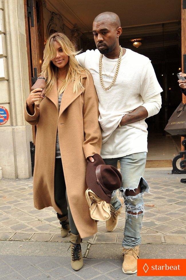 Ким Кардашьян и Канье Уэст проводят время во Франции: kim-kardashian-kanye-west-step-out-together-in-paris-17_Starbeat.ru