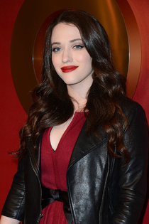 Мероприятие «QVC Style Party»: Кэт Деннингс: kat-dennings-2014-qvc-red-carpet-style-event--01_Starbeat.ru