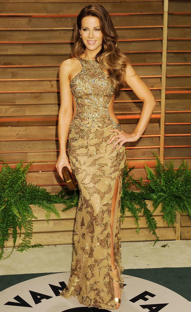 Журнал «Vanity Fair» чествует звезд: Кейт Бекинсэйл : kate-beckinsale-oscars-2014---vanity-fair-party--03_Starbeat.ru