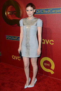 Светский раут в Беверли-Хиллз: Кейт Мара на «QVC Style Party»: kate-mara-2014-qvc-red-carpet-style-event--01_Starbeat.ru