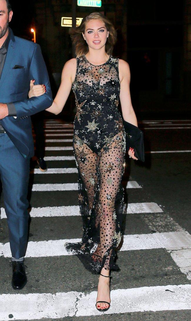 Кейт Аптон отмечает свой 24-й день рождения в подворотнях Нью-Йорка: kate-upton-18_Starbeat.ru