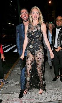 Кейт Аптон отмечает свой 24-й день рождения в подворотнях Нью-Йорка: kate-upton-1-1_Starbeat.ru
