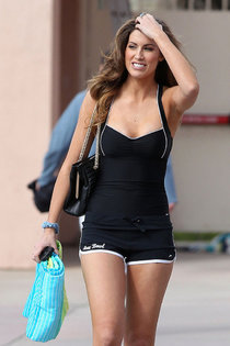Кэтрин Уэбб на съемках тв-шоу «Splash» в Лос-Анджелесе: Katherine-Webb---on-the-set-of-Splash--02_Starbeat.ru