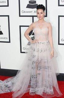 Кэти Перри: красная дорожка и выступление на церемонии «Grammy»: katy-perry-71_Starbeat.ru