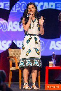 Кэти Перри на мероприятии «ASCAP Expo Music»: katy-perry-cell-phone-dress-at-ascap-expo-01_Starbeat.ru