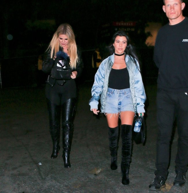 Хлои Кардашьян и чёрные лосины в Пасадене: khloe-kardashian-12_Starbeat.ru