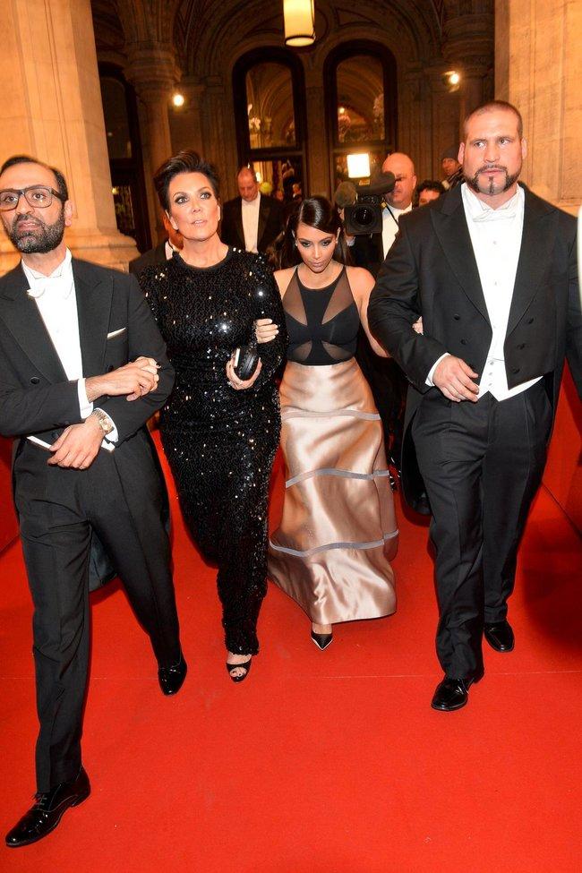 Ким Кардашьян на «58 Wiener Opernball» в Вене: kim-kardashian-2_Starbeat.ru