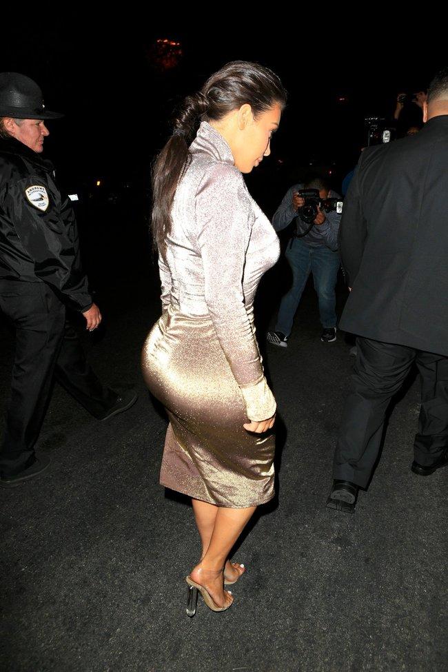 Ким Кардашан продолжает кушать дрожжи, булки растут — их теперь не остановить: kim-kardashian-14_Starbeat.ru