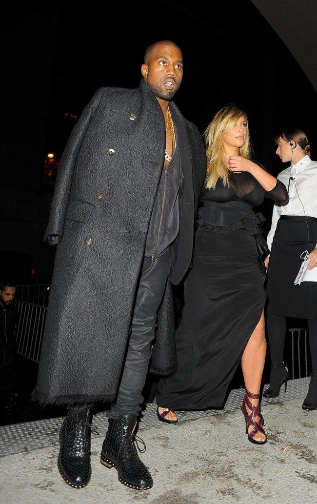 Ким Кардашьян и Канье Уэст на модном показе «Givenchy 2014» в Париже: kim-kardashian-19_Starbeat.ru