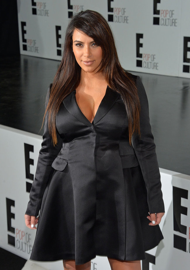 Вечеринка «E! 2013»: беременная Ким Кардашьян: kim-kardashian---e-2013-upfront--04_Starbeat.ru