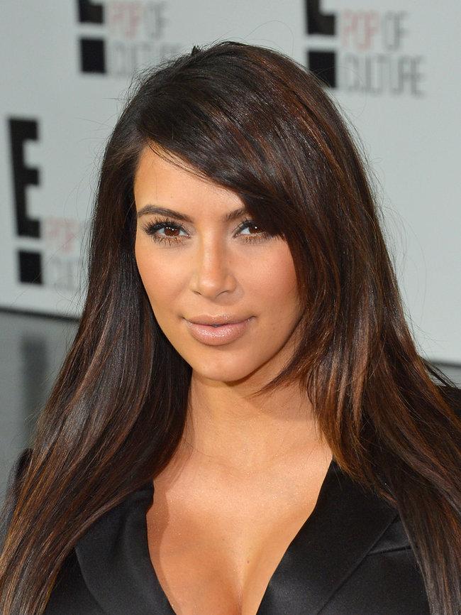 Вечеринка «E! 2013»: беременная Ким Кардашьян: kim-kardashian---e-2013-upfront--07_Starbeat.ru
