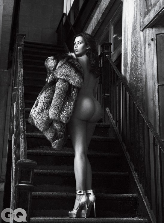 И снова здравствуйте: Ким Кардашан для «GQ Magazine Naked Photoshoot» (июнь 2016): kim-kardashian-4-3_Starbeat.ru