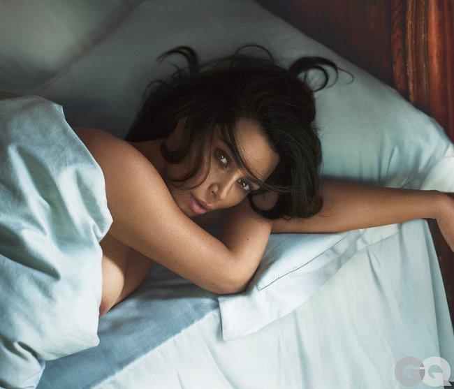 И снова здравствуйте: Ким Кардашан для «GQ Magazine Naked Photoshoot» (июнь 2016): kim-kardashian-7-3_Starbeat.ru