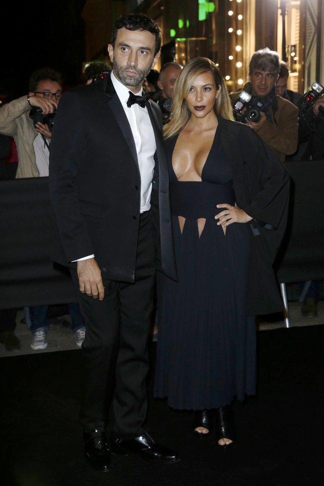 Ким Кардашьян на вечеринке в честь выхода фильма «Mademoiselle C»: kim-kardashian-101_Starbeat.ru