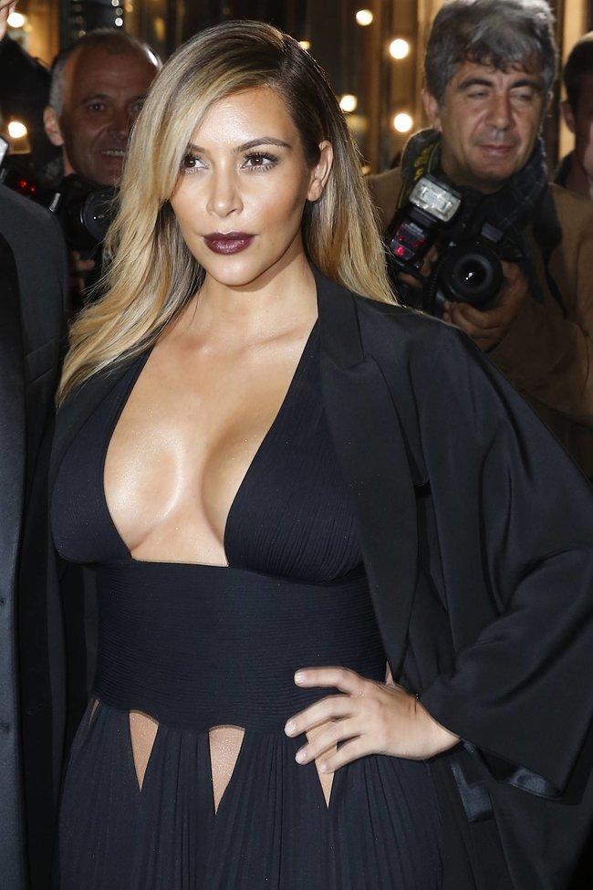 Ким Кардашьян на вечеринке в честь выхода фильма «Mademoiselle C»: kim-kardashian-111_Starbeat.ru