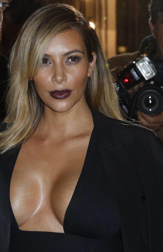 Ким Кардашьян на вечеринке в честь выхода фильма «Mademoiselle C»: kim-kardashian-14_Starbeat.ru