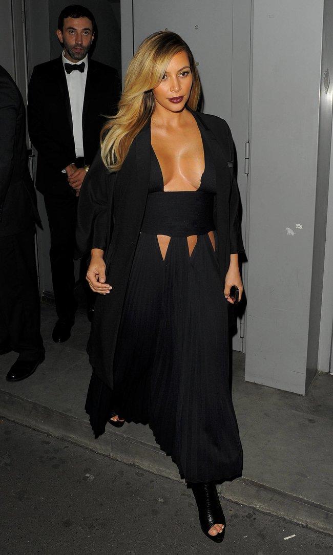 Ким Кардашьян на вечеринке в честь выхода фильма «Mademoiselle C»: kim-kardashian-41_Starbeat.ru