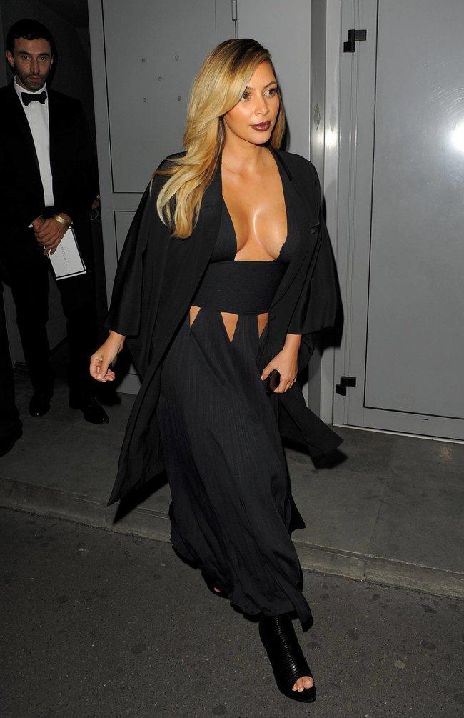 Ким Кардашьян на вечеринке в честь выхода фильма «Mademoiselle C»: kim-kardashian-51_Starbeat.ru