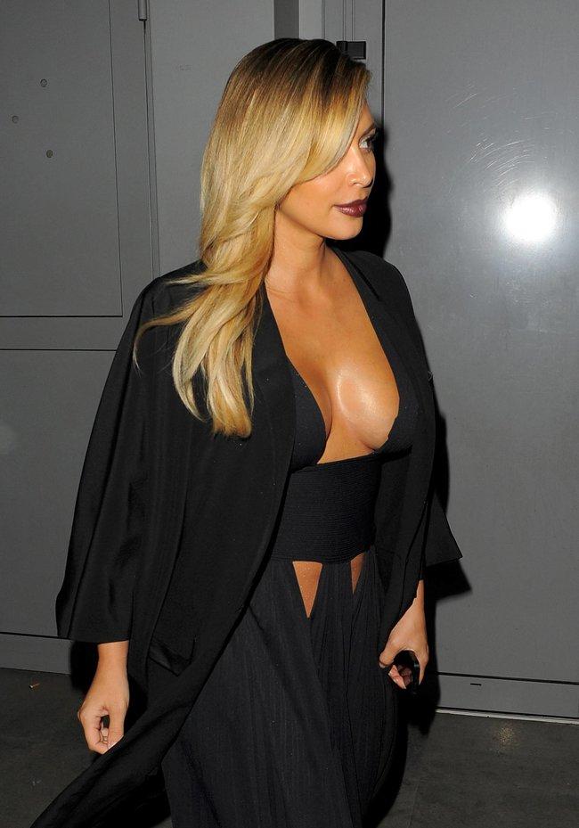 Ким Кардашьян на вечеринке в честь выхода фильма «Mademoiselle C»: kim-kardashian-61_Starbeat.ru