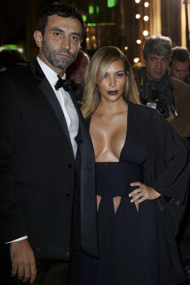 Ким Кардашьян на вечеринке в честь выхода фильма «Mademoiselle C»: kim-kardashian-91_Starbeat.ru
