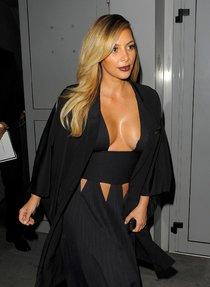 Ким Кардашьян на вечеринке в честь выхода фильма «Mademoiselle C»: kim-kardashian-12_Starbeat.ru