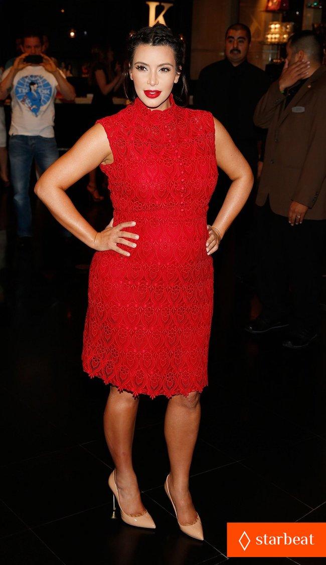 Ким Кардашьян представила свой новый аромат «Glam»: pregnant-kim-kardashian-glam-perfume-promotion-in-las-vegas-13_Starbeat.ru