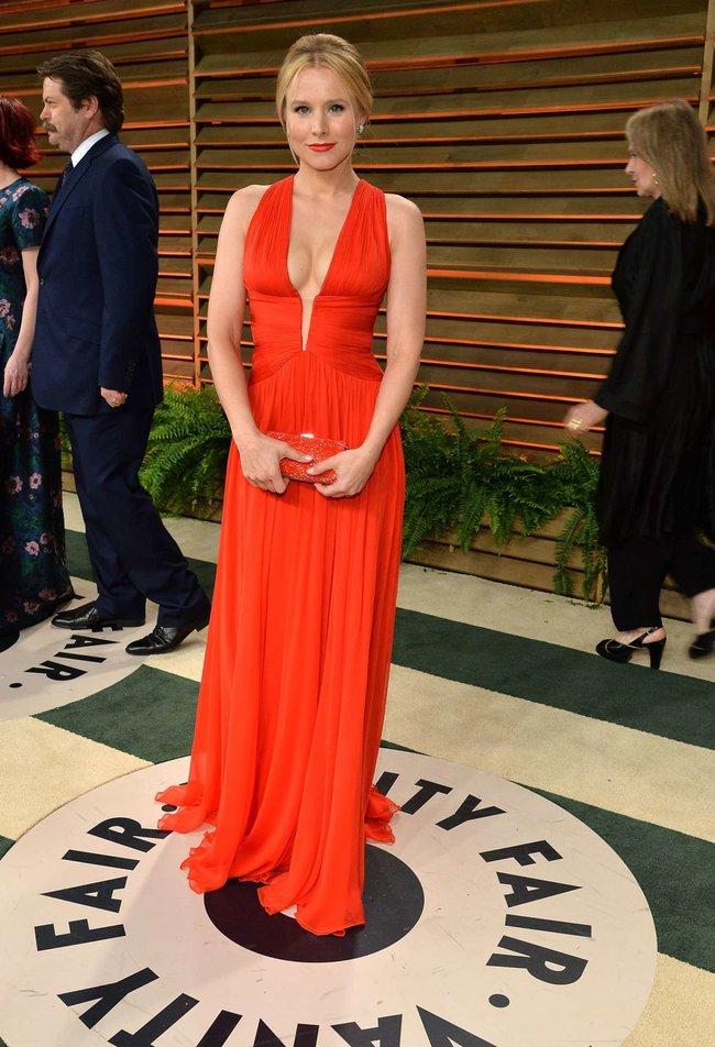 Кристен Белл на торжественном мероприятии «Vanity Fair» после «Оскара 2014»: kristen-bell-oscar-2014---vanity-fair-party--06_Starbeat.ru