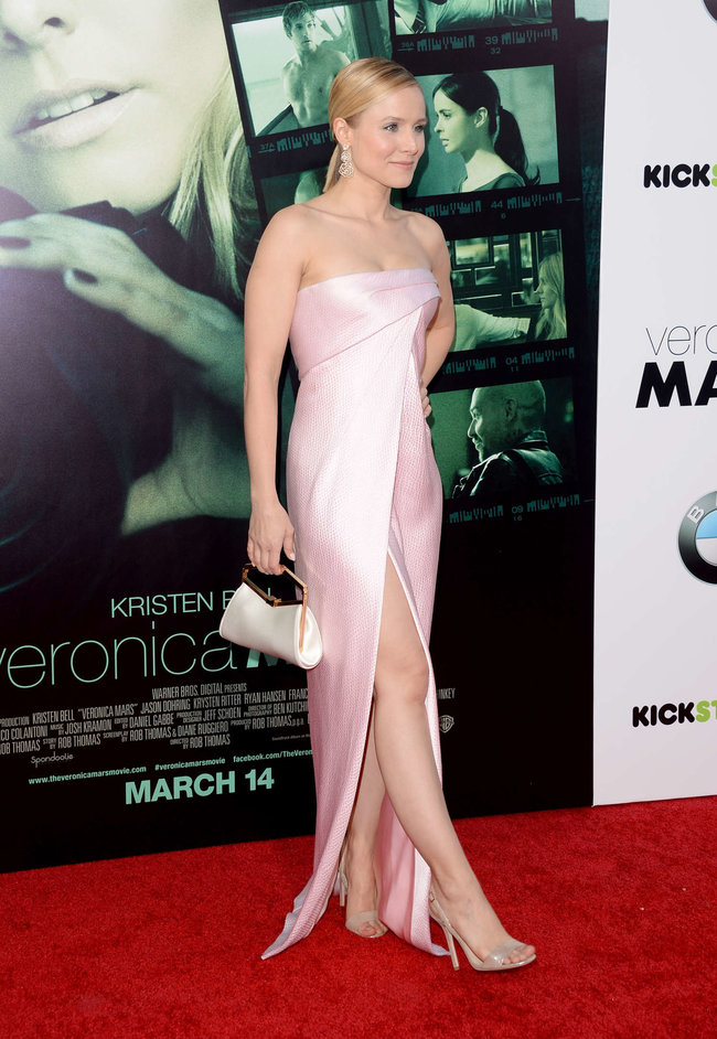 Кристен Белл на премьере фильма «Вероника Марс» в Голливуде: kristen-bell-veronica-mars-premiere--01_Starbeat.ru