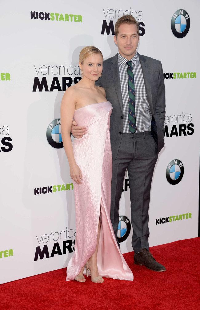 Кристен Белл на премьере фильма «Вероника Марс» в Голливуде: kristen-bell-veronica-mars-premiere--07_Starbeat.ru