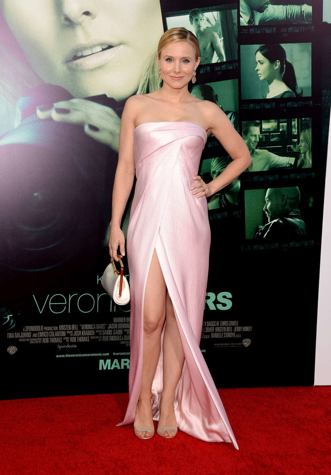 Кристен Белл на премьере фильма «Вероника Марс» в Голливуде: kristen-bell-veronica-mars-premiere--10_Starbeat.ru