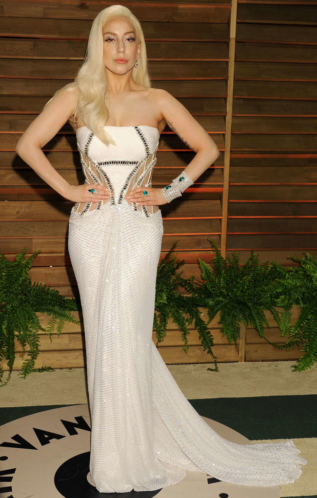 Леди Гага: красная дорожка вечера «Vanity Fair»: lady-gaga-oscar-2014---vanity-fair-party--06_Starbeat.ru