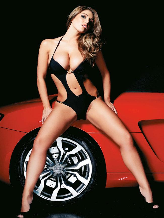 Британская модель Люси Пиндер в коллекционном издании «Nuts»: 69-lucy-pinder-67_Starbeat.ru