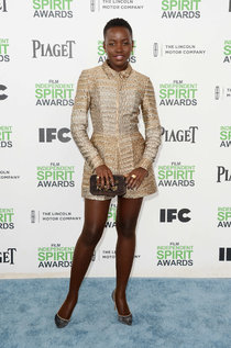 Люпита Нионго на рауте «Film Independent Spirit Awards»: lupita-nyongo-2014-film-independent-spirit-awards--01_Starbeat.ru