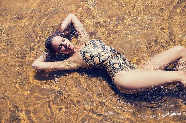 Марло Хорст кидает кости на пляже: две сиськи идут уже в базовой комплектации! Marie Claire Italy Magazine (июнь 2016): marloes-horst-34_Starbeat.ru